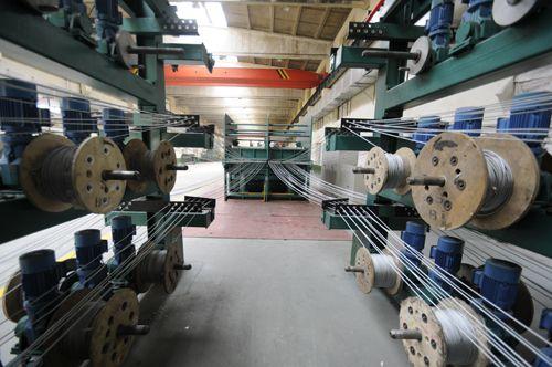 钢丝绳生产线