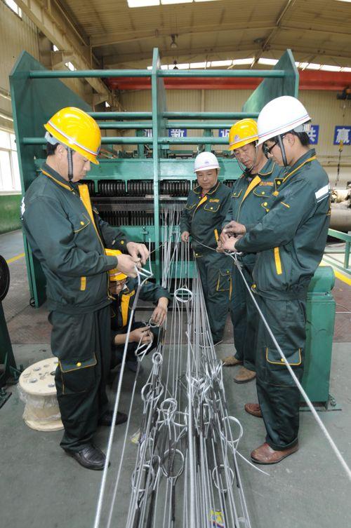 鋼絲繩生產線接頭操作